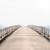 対岸の町まで続く橋