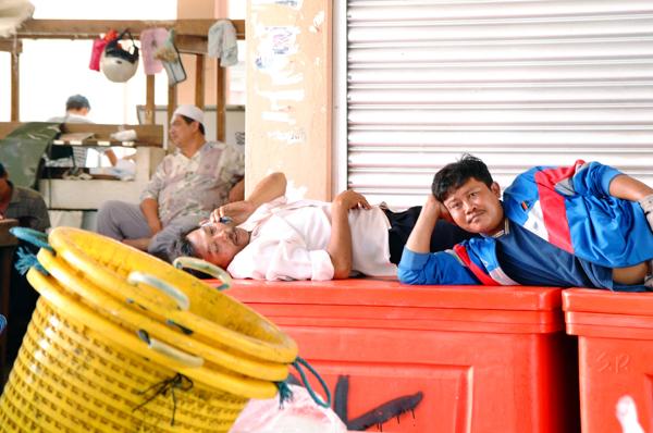 ゆったり働くマレーシア人