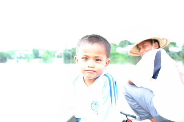 漁村の子供